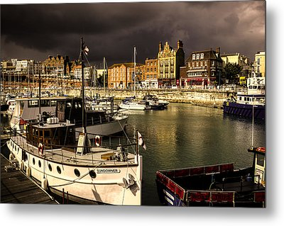 Ramsgate Harbour Metal Print by Ian Hufton