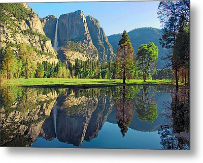 Reflections Of Yosemite Falls Metal Print