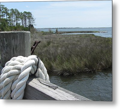 Metal Print featuring the photograph Roanoke Rope 2 by Cathy Lindsey