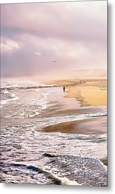 Run For The Wave Metal Print by William Walker