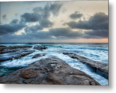 Rushing Seas Metal Print