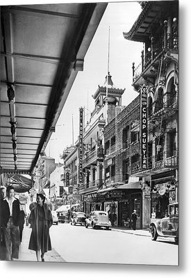 San Francisco's Chinatown Metal Print by Underwood Archives
