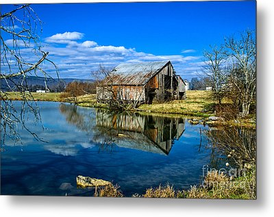Sequatchie Valley Barn Metal Print