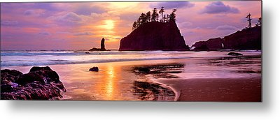 Silhouette Of Sea Stacks At Sunset Metal Print