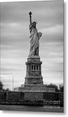 Statue Of Liberty Liberty Island New York City Metal Print by Joe Fox