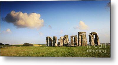Stonehenge Summer Evening Metal Print by Colin and Linda McKie