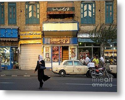 Street Scene In Teheran Iran Metal Print