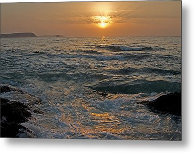 Sunrise At Portscatho Metal Print by Pete Hemington
