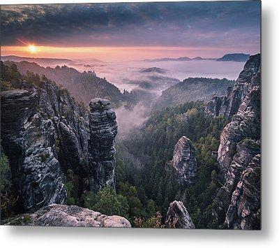 Sunrise On The Rocks Metal Print by Andreas Wonisch