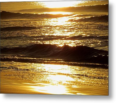 Sunrise Waves Metal Print