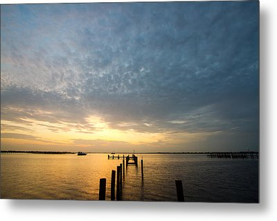 Sunset At A Weathered Pier At Port Charlotte Harbor Near Punta  Metal Print by Fizzy Image