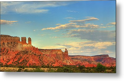 Metal Print featuring the photograph Sunset At Ghost Ranch by Alan Vance Ley