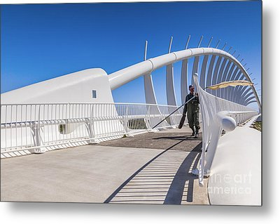 Te Rewa Rewa Bridge Taranaki New Zealand Metal Print by Colin and Linda McKie