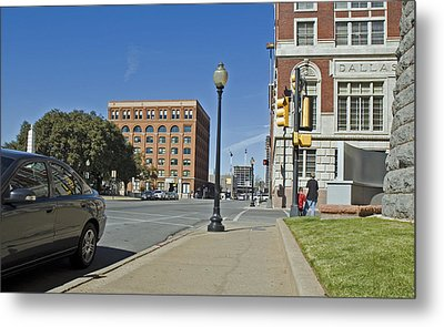 Metal Print featuring the photograph Texas School Book Depository by Charles Beeler