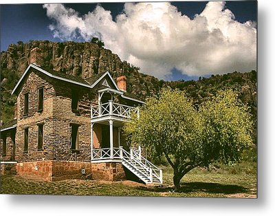 The Commandants Quarters Metal Print by Lynne and Don Wright