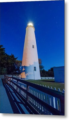 The Ocracoke Lighthouse On Ocracoke Island On The North Carolina Metal Print