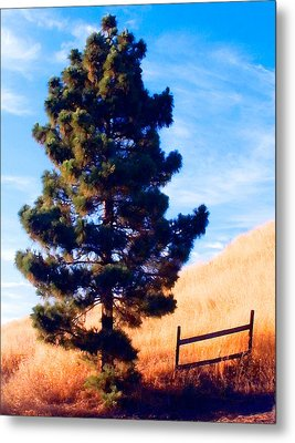 Tower Of Strength Metal Print by Ron Regalado