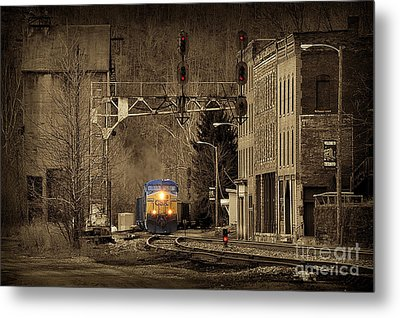 Train At Thurmond Wv Metal Print by Dan Friend
