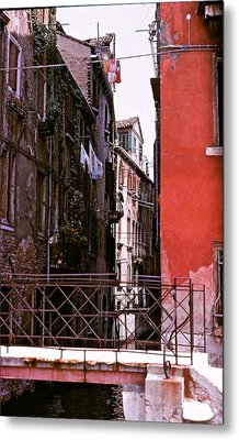 Metal Print featuring the photograph Venice by Ira Shander