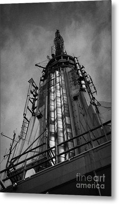 View Of The Top Of The Empire State Building Radio Mast New York City Metal Print by Joe Fox
