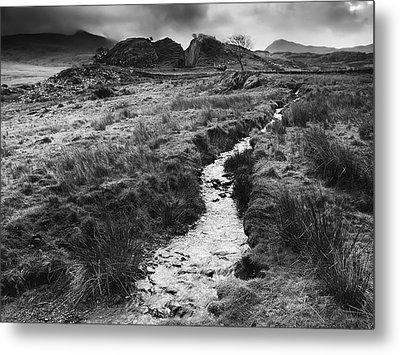Metal Print featuring the photograph Snowdonia National Park Wales by Richard Wiggins
