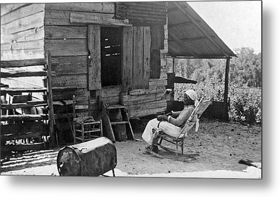 102 Year Old Woman At Her Home Metal Print by Underwood Archives