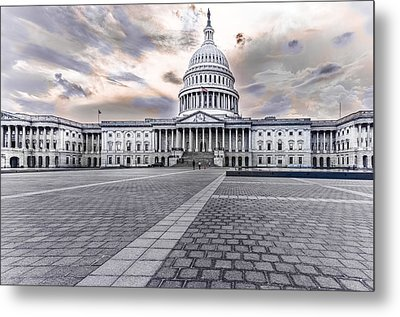 Metal Print featuring the photograph Capitol Building by Peter Lakomy