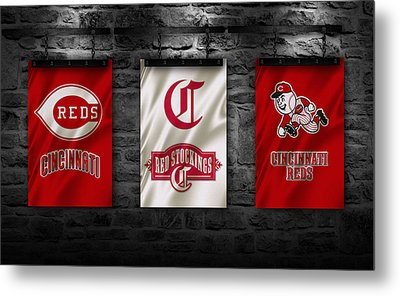 Cincinnati Reds Metal Print