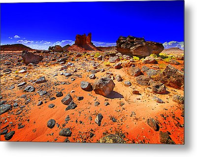 Metal Print featuring the photograph Monument Valley Usa by Richard Wiggins