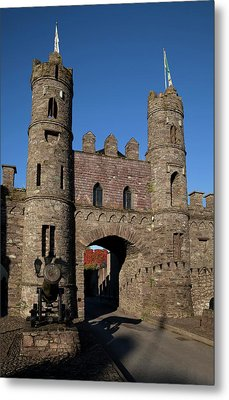 15th Century Castle In The Market Metal Print by Panoramic Images