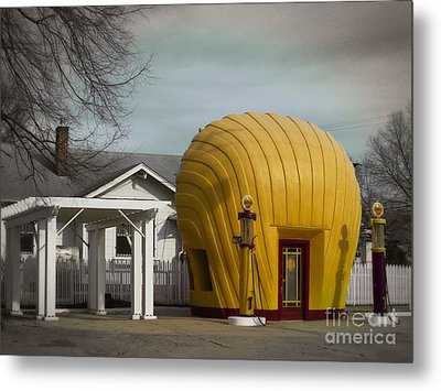 1930 Shell Station Metal Print