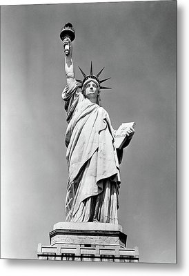 1930s Statue Of Liberty Ny Harbor Ellis Metal Print