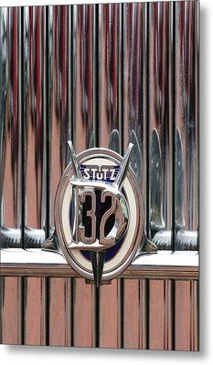 1932 Stutz Dv-32 Super Bearcat Emblem Metal Print by Jill Reger