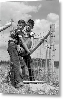 1950s Two Farm Boys In Striped T-shirts Metal Print