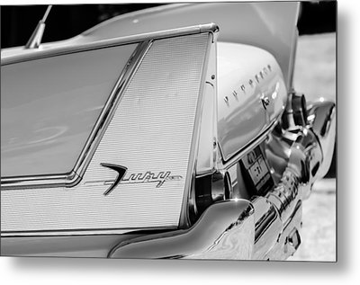 1958 Plymouth Fury Golden Commando Taillight Emblem -3447bw Metal Print