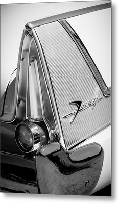 1958 Plymouth Fury Golden Commando Taillight Emblem -3467bw Metal Print