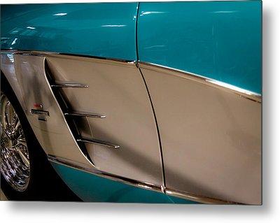 1961 Chevrolet Corvette Metal Print by David Patterson