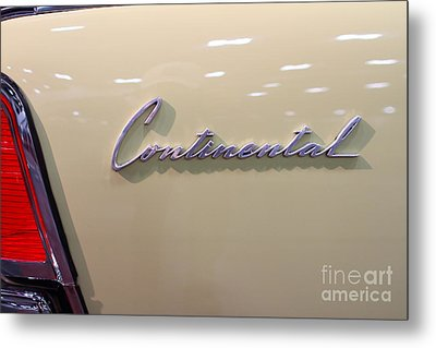 1961 Lincoln Continental Sedan . 7d99345 Metal Print by Wingsdomain Art and Photography