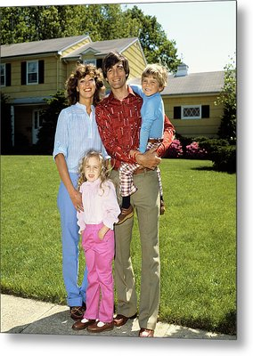 1980s Family Portrait On Front Lawn Metal Print