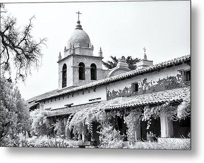 Facade Of The Chapel Mission San Carlos Borromeo De Carmelo Metal Print by Ken Wolter