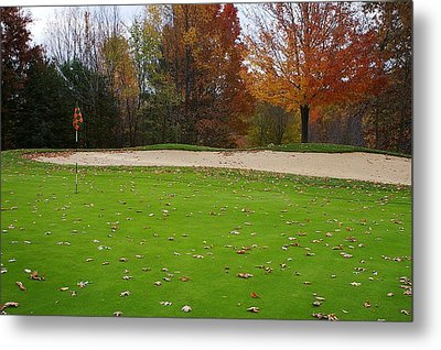 Metal Print featuring the photograph Autumn On The Green by Randy Pollard