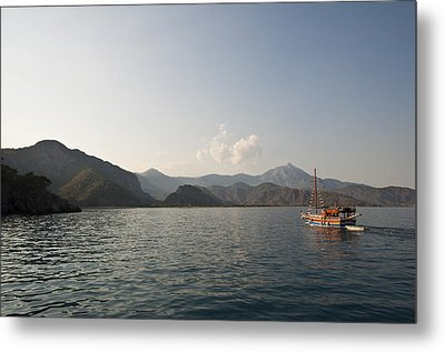 Metal Print featuring the photograph Boat Trip by David Isaacson