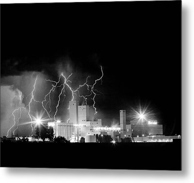 Budweiser Lightning Thunderstorm Moving Out Bw Metal Print