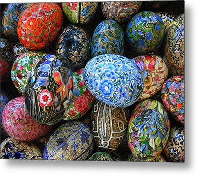 Metal Print featuring the photograph Egg Basket by Sylvia Thornton