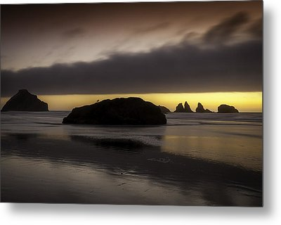 Face Rock Bandon By The Sea Metal Print