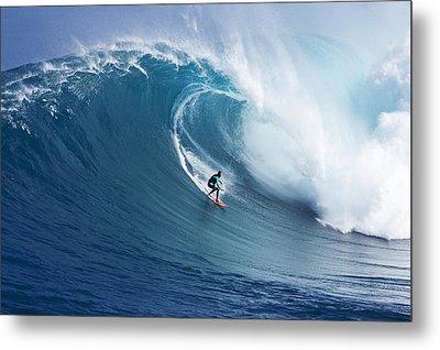 Hawaii, Maui, Yuri Farrant Surfs Huge Wave At Jaws, Aka Peahi. Metal Print by Ron Dahlquist