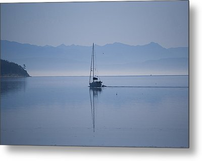 Heading Out Metal Print by Ron Roberts