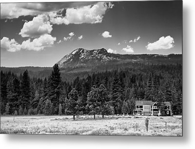Home In The Valley Metal Print by Mick Burkey