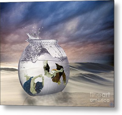 2 Lost Souls Living In A Fishbowl Metal Print by Linda Lees