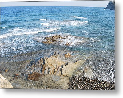 Metal Print featuring the photograph Low Tide by George Katechis